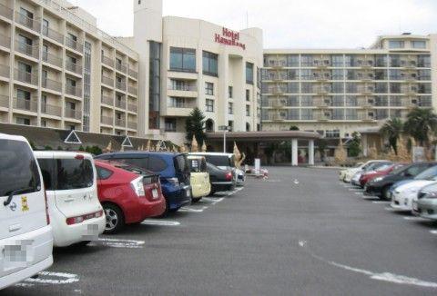 ハワイアンズホテル前駐車場