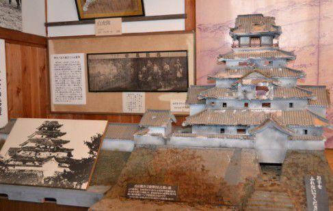鶴ヶ城模型
