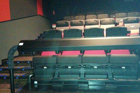 4DX映画館座席