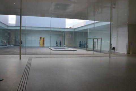 金沢21世紀美術館内部