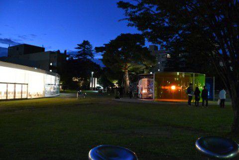 金沢21世紀美術館の夜景