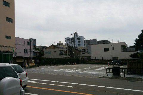 西茶屋街駐車場