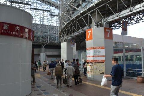 金沢駅バススレーション