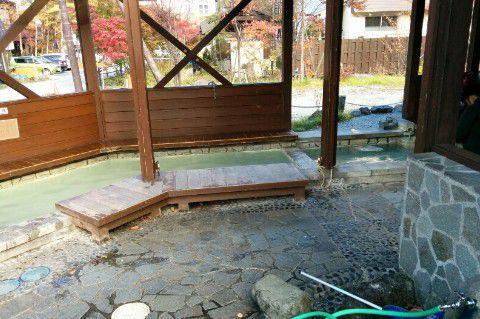 湯元温泉の足湯