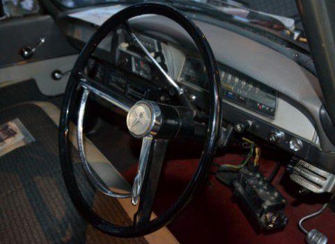 トヨペットマスターラインRS261型 運転席