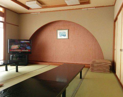 休憩室のテレビ