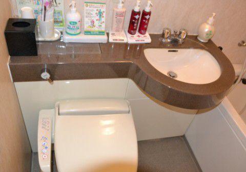 客室のトイレとお風呂