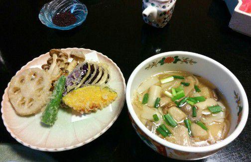 天ぷらとひもかわうどん