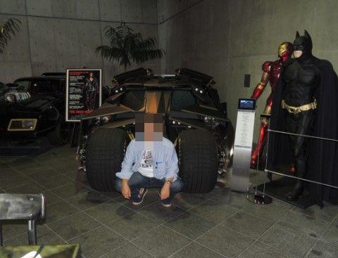 バットマンと記念撮影