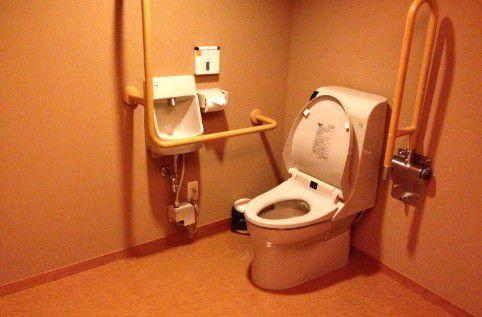 貸し切り風呂専用トイレ