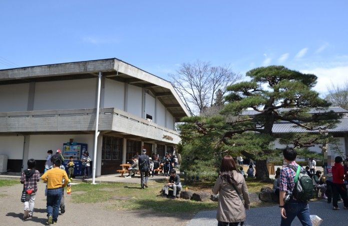 上田市立博物館の建物