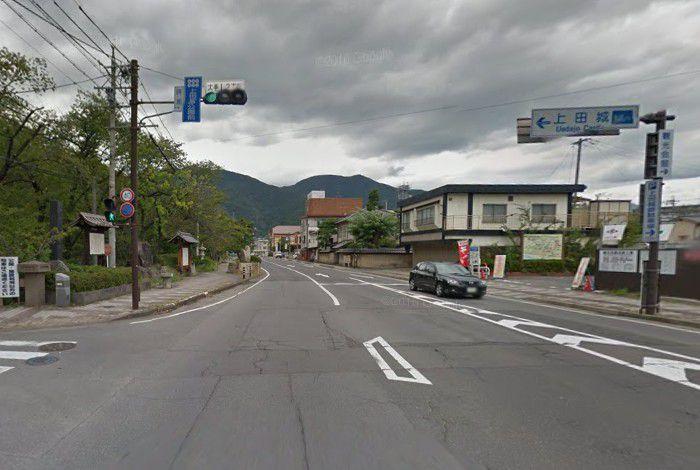 上田城前交差点