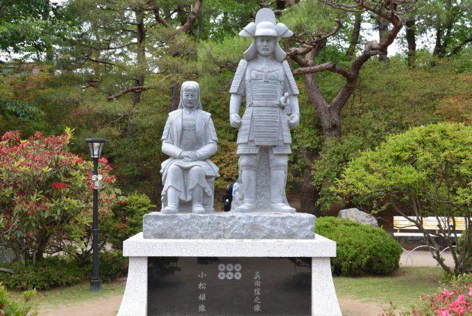 真田信幸と小松姫石像
