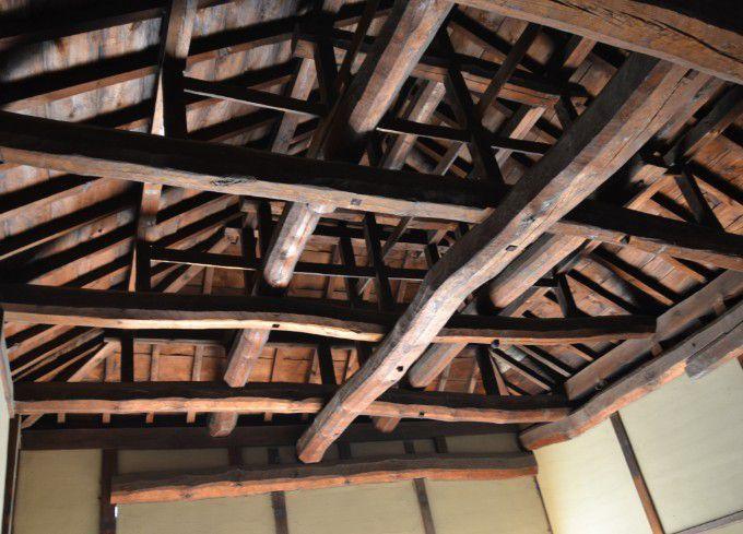 柔術所の天井の梁