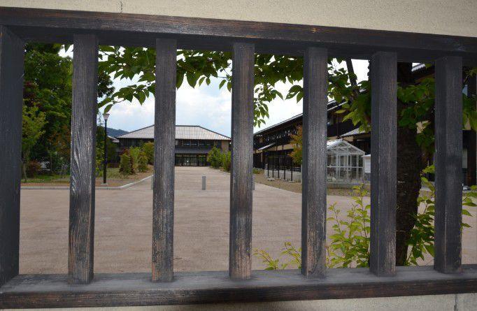 松代小学校の校舎