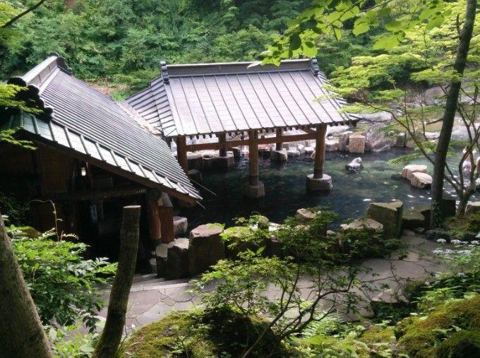 宝川温泉の混浴露天風呂