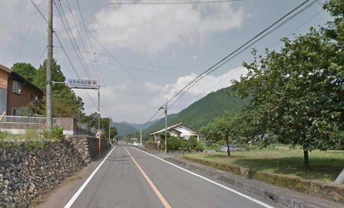 梅田清流広場案内標識