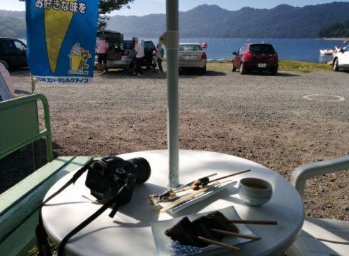 赤城大沼湖畔での食事
