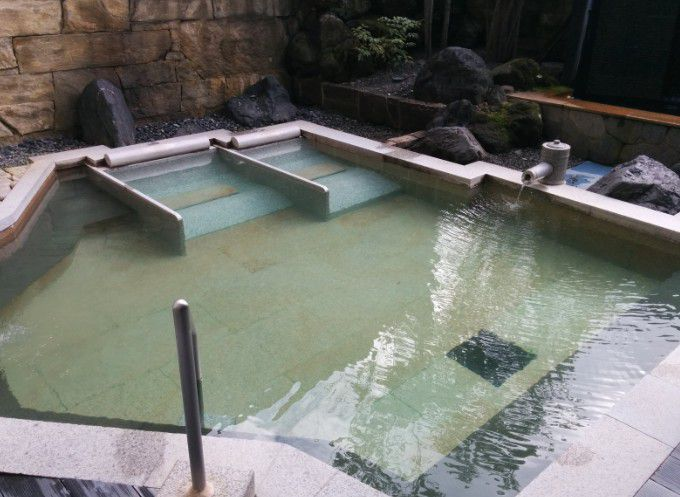 ホテルヴィレッジの露天風呂