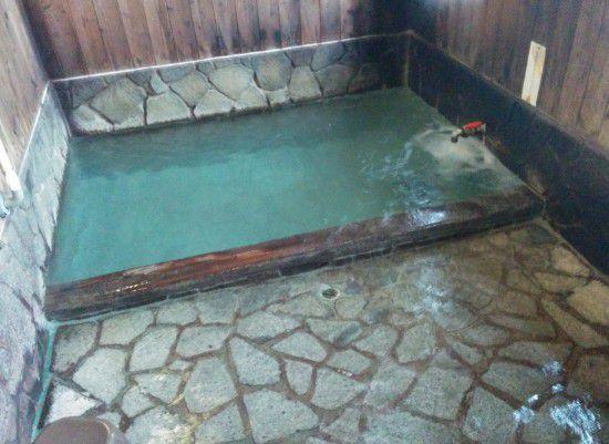 千代の湯の男湯の湯船