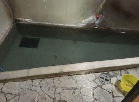 女湯の湯船