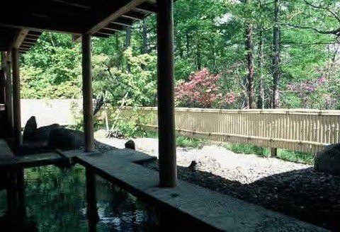 草津温泉館の露天風呂