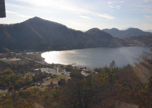 榛名山ロープウェイのゴンドラから見える榛名湖
