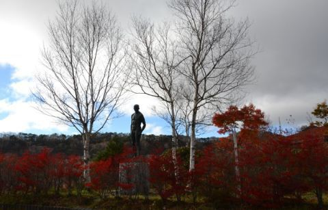赤城山総合観光所案内所の像