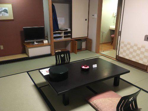 スカイコート棟の和室客室の様子