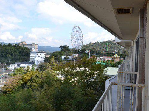 スカイコート棟の客室からパルパル観覧車の眺め