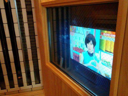 サウナ室にあったTVモニター
