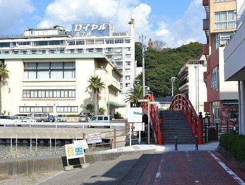 しぶき橋と舘山寺サゴーロイヤルホテル