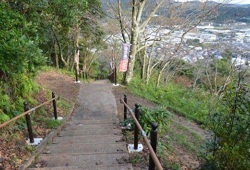 井伊谷城跡からの帰り道