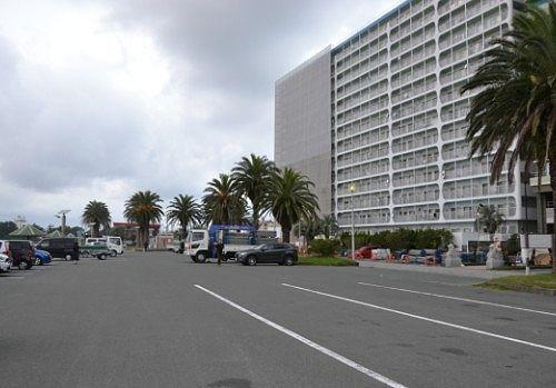 弁天島海浜公園の駐車場の様子