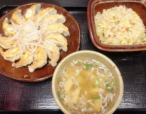 浜松餃子と五目チャ―ハンのセット