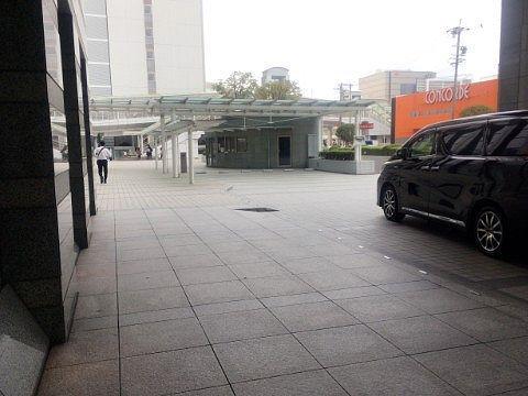 ホテル前の様子