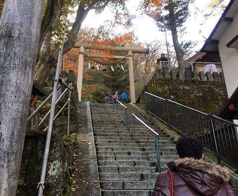 伊香保神社前の石段の様子
