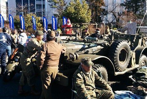 アーミー軍団とアーミー車両