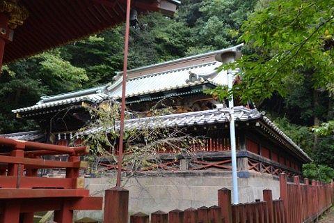 麓山神社本殿の様子