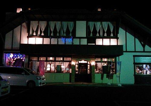 夜のブラスリーアントラン