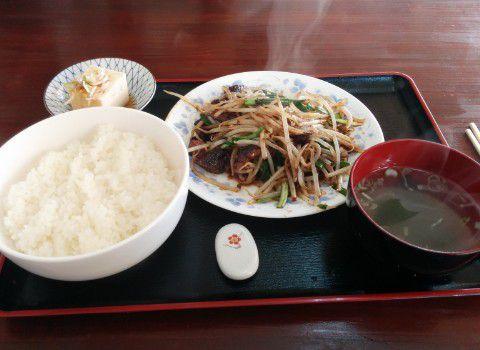 ニラレバ定食