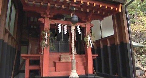 日光湯元温泉神社の拝殿