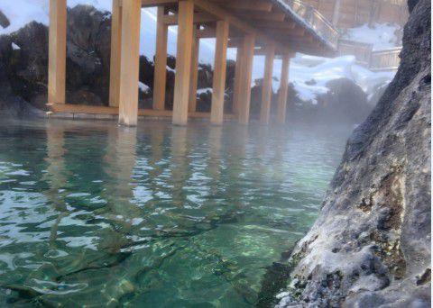 冬の西の河原露天風呂の様子