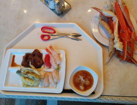 寿司と蟹とステーキと天ぷら