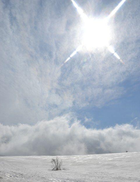 草津白根近くの雪山での撮影