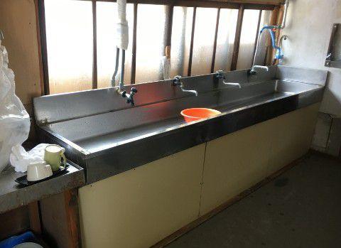 自炊場の流し台