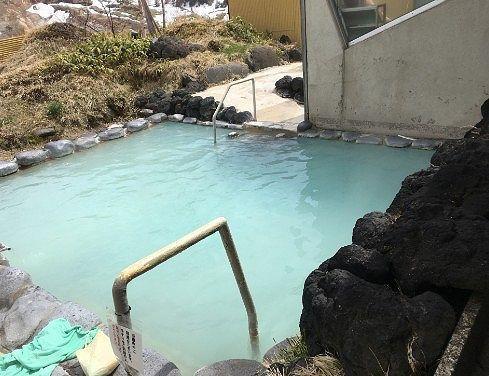 女性専用露天風呂こまくさの湯の様子