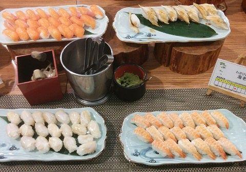 お寿司は「ぎんぴかり」と「あなご」「海老」「つぶ貝」