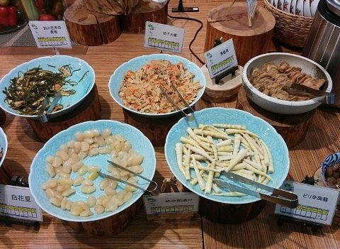 刻み昆布の煮物、切干大根、車麩煮、白花豆、筍の粕漬け、ピリ辛蒟蒻
