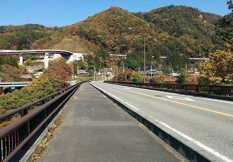 道の駅あがつま峡前の橋の様子